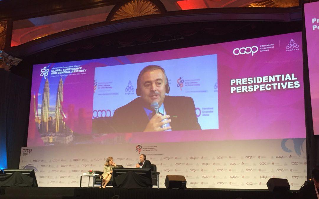 Editorial: Cooperativas para el desarrollo